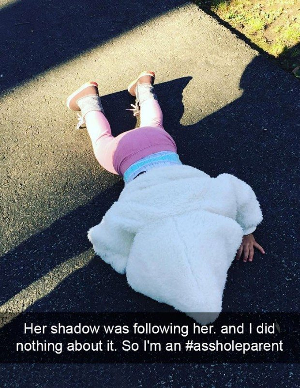 assholeparents-funny-reasons-kids-cry-43-57878bcd056e3__700