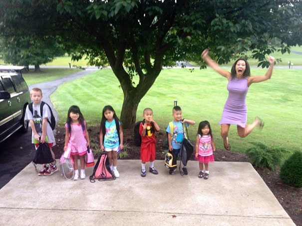 parents-celebrate-back-to-school-day-9-57ac74d54f516__605